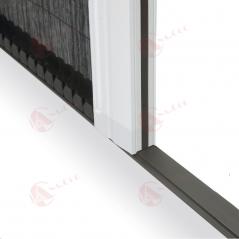 Detalle cierre magnético de sellado lateral | Mosquiteras Anacor