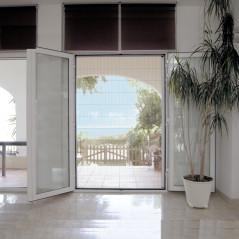 Mosquitera plisada lateral de 40 vista | Puerta instalada