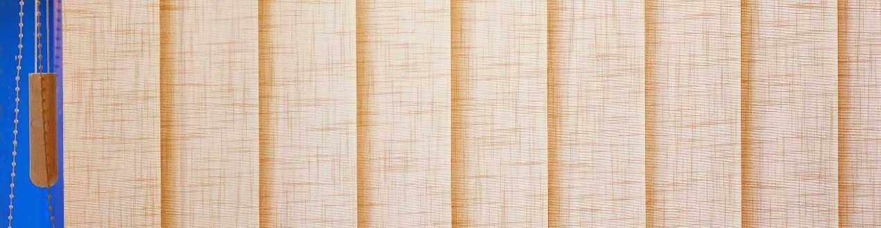 Cortinas Verticales de Lamas con tejidos traslucidos a medida | Anacor